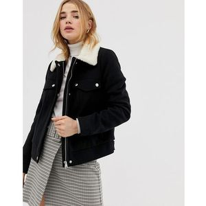 utility short jacket with ecru shearling in black - black marki Pimkie
