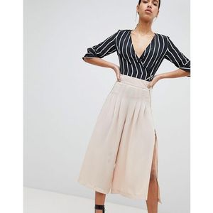 Parallel lines wide leg pleated trousers with zip detail - beige