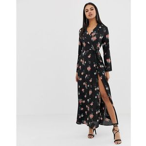 Prettylittlething wrap maxi dress in floral print - Black